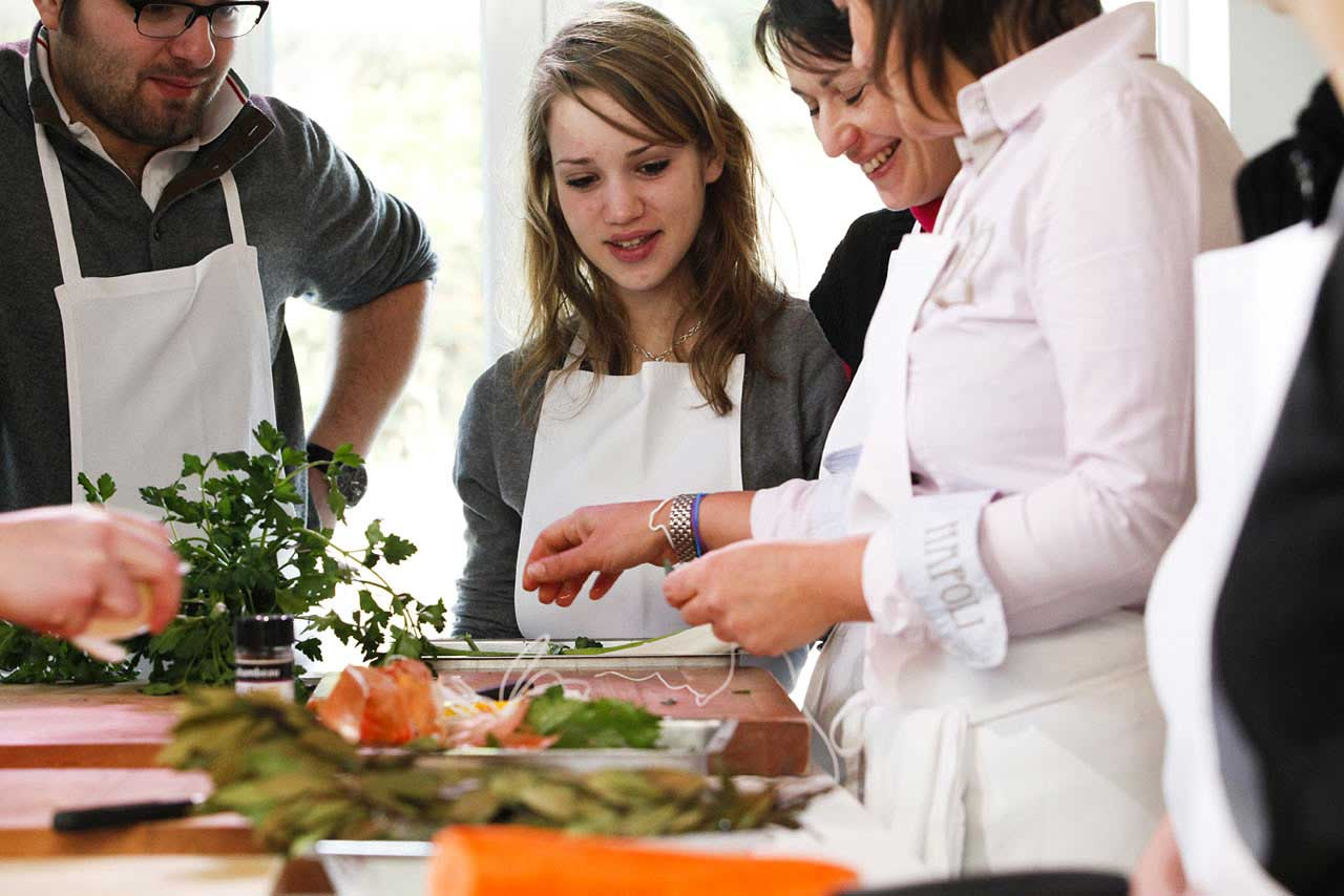 Au Bonheur Des Hôtes Cours De Cuisine Linvitation